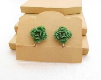 Vintage Multi-Color Crochet Flower Shabby Chic Style Screw Back Earrings YY1