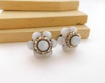 Vintage Blue Moonglow Lucite Rhinestone Bead Cluster Flower Screw Earrings K16