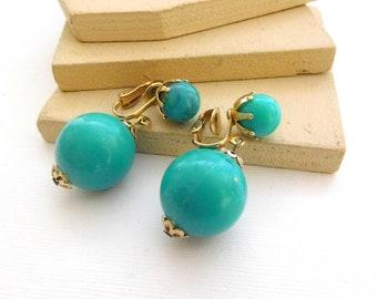 Vintage Hong Kong Turquoise Teal Blue Chunky Bead Dangle Clip On Earrings R25