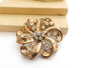 Vintage Signed Crown Trifari Sterling Silver Rhinestone Flower Brooch Pin D33