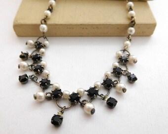 Retro 80s White Faux Pearl Black Rhinestone Antiqued Chain Choker Necklace F28