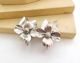 Vintage Signed HSB Sterling Silver Dogwood Flower Screw Back Earrings P20