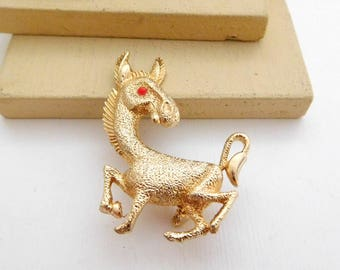 Vintage Gold Tone Red Eye Donkey Democrat Political Brooch Pin H29