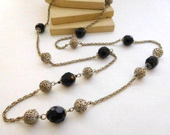 Retro Silver Tone Filigree Black Faceted Bead Station Long Chain Necklace A28