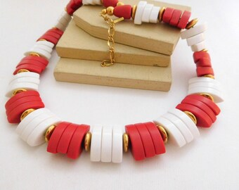 Vintage Retro 1980s Avon Tomato Red White Lucite Bead Spectator Necklace H32