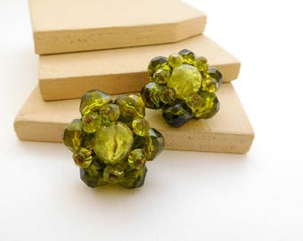 Vintage West Germany Moss Green Lucite Bead Cluster Flower Clip On Earrings J9