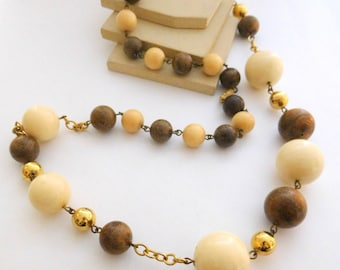 Vintage 1970s Long Chunky Cream Brown Gold Bead Link Statement Necklace C25
