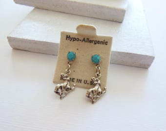 Vintage Small Silver Rodeo Cowboy Turquoise Dangle Southwestern Earrings AA19