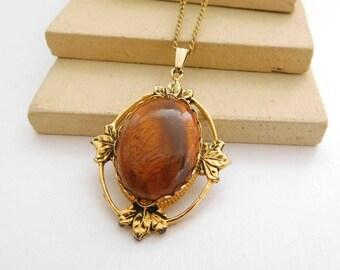 Vintage Brown Glass Tiger's Eye Nouveau Style Laurel Pendant Necklace L24
