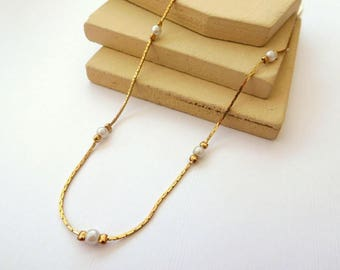 Vintage Skinny White Faux Pearl Bead Station Gold Tone Chain Necklace BB47