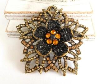 Retro Black Amber Orange Peach Rhinestone Antiqued Gold Flower Brooch Pin Z15