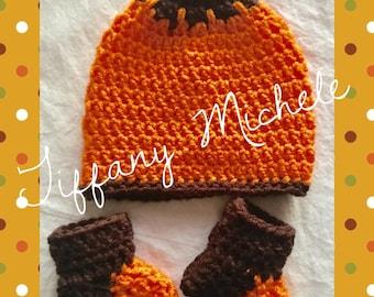 Pumpkin Fall Autumn Baby Set / Handmade / Crochet / Booties & Beanie