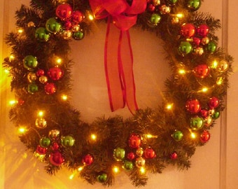 24 santas favorite christmas wreath amber led battery operated lights holiday wreath door wreath traditional wreath