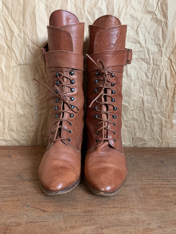 Leather lace up boots/ Joan & David 90s Italian le