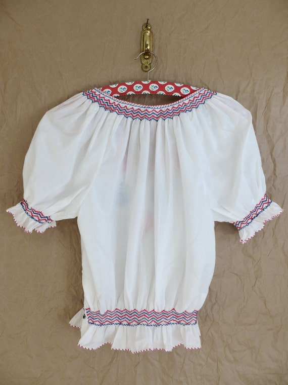 Vintage 60s Hungarian Embroidered Blouse/60s Peas… - image 10