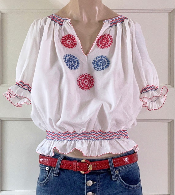 Vintage 60s Hungarian Embroidered Blouse/60s Peas… - image 2