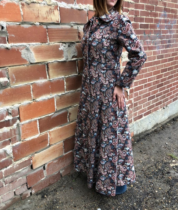 vintage maxi coat, duster coat, carpet coat, paisl