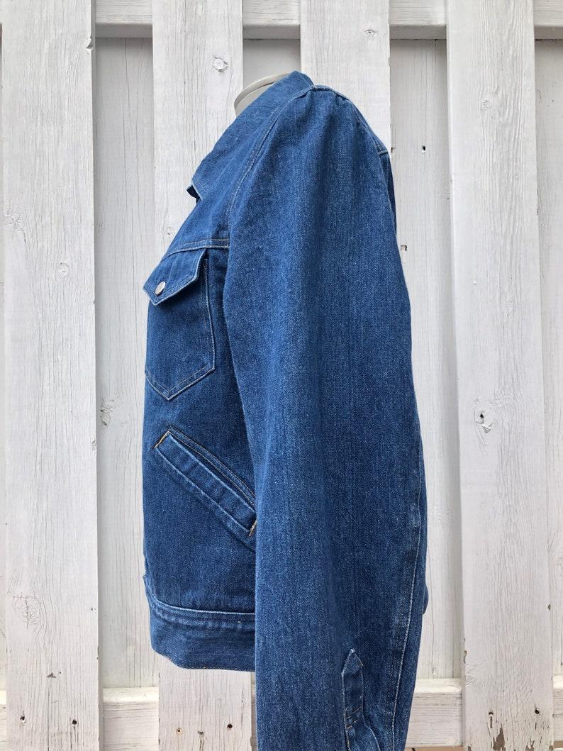 vintage denim jacket snap front cowgirl cowboy western unisex size medium size large 1950s  1960s rockabilly jean jacket workwear