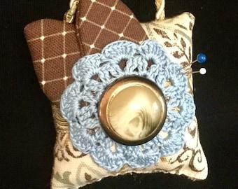 Vintage look hanging doorknob pincushion