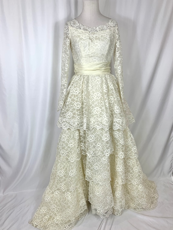 Vintage 50's Tiered Lace Wedding Gown