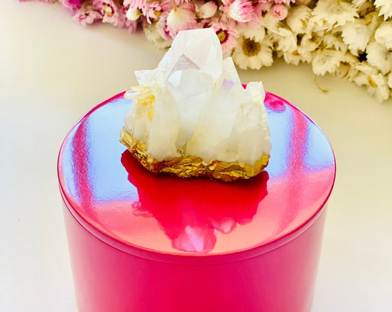 Round Pink Lacquer Box with Quartz Crystal, Crystal Box, Pink Gift Box, Ring Box, Jewelry Box, Quartz