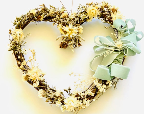 Baby Room wreath with dried flowers and herb, dried flower wreath, flower wreath, dried flowers, front door wreath, heart Wreath, new home