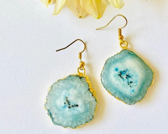 Crystal earrings, solar quartz earrings, Blue quartz flower earrings, boho earrings, gemstone earrings, Quartz stone earrings, blue quartz