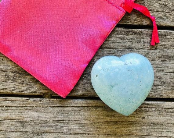Gemstone rock heart in soft blue howlite, gemstone heart stone, heart, reiki gifts, energy gift