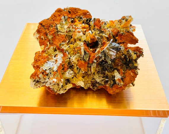 Rose Gold Box with Crystals, Crystal box, Jewelry Box, Reiki Box, Rare Crystal Box, Rose Gold Jewelry box, Hemimorphite Crystals on Limonite