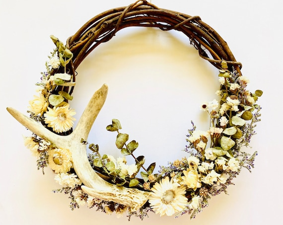 "Botanical wreath with dried flowers and antler, dried flower wreath, flower wreath, dried flowers, 10"" wreath, Fall Wreath, Antler wreath"