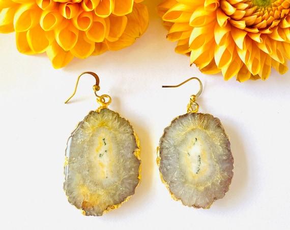 Crystal earrings, solar quartz earrings, Natural quartz flower earrings, boho earrings, gemstone earrings, Quartz amber stone earrings