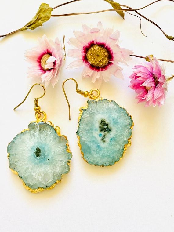 Crystal earrings, solar quartz earrings, blue quartz flower earrings, boho earrings, gemstone earrings, blue stone earrings