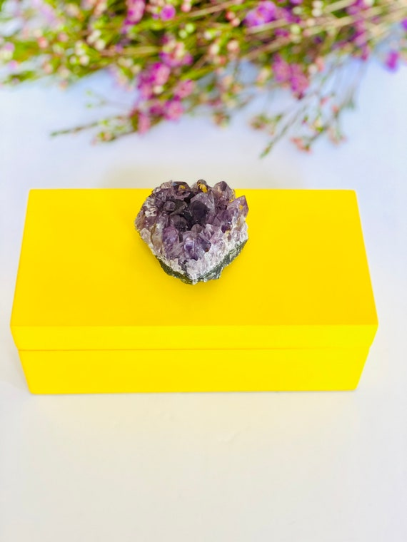 Medium Yellow Lacquer Box with Amethyst, Gemstone box, amethyst box, gift box, Gifts for her, Bridal Gift, Ring Box, Yellow box, Amethyst