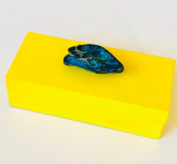 Small yellow lacquer box with ocean jasper, Jewelry box, geode box, Lacquer box, Gift Box, Home decor box, jewelry box, gifts for her