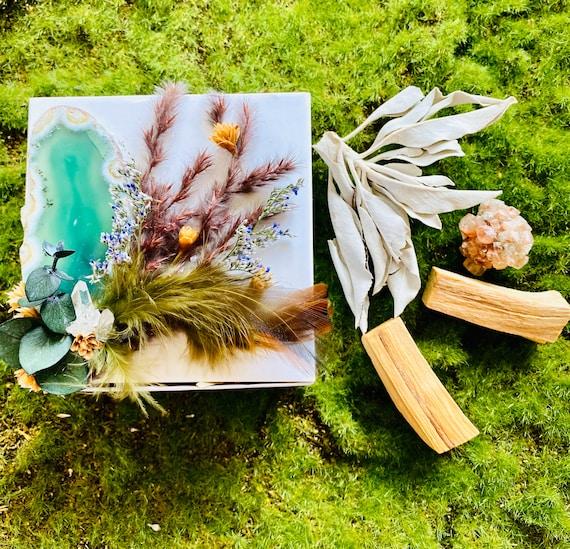 Crystal Gift Box, Agate Gift Box, Get Well Soon Crystal Gift Box, Self Care Package, Wellness Crystal Gift Box, Palo Santo gift set, Sage