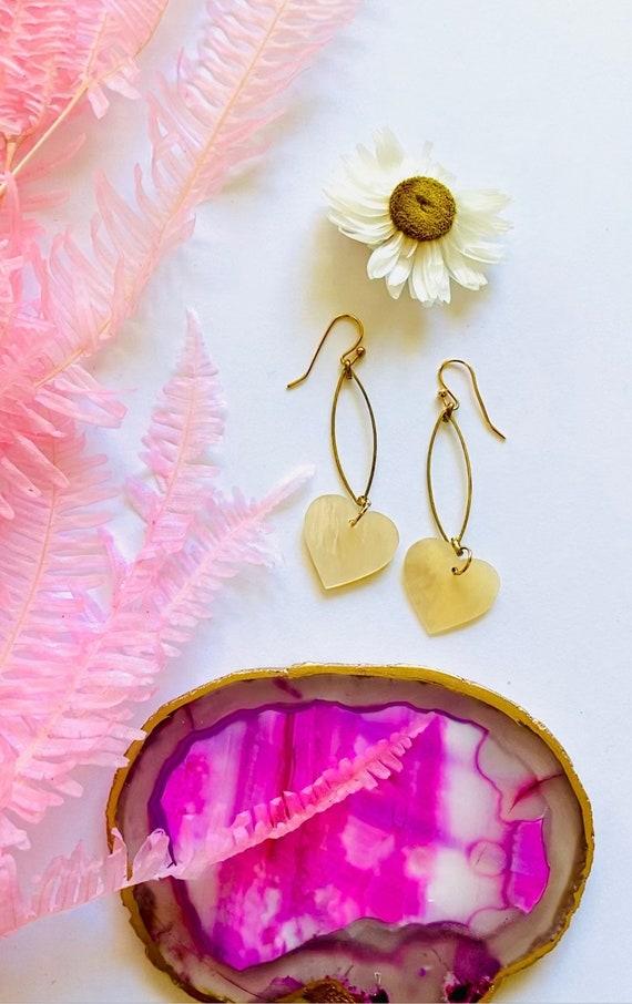 Mother of Pearl Heart Hoop Earrings, boho earrings, beach chic earrings, wedding earrings, heart jewelry, heart earrings, mother of pearl