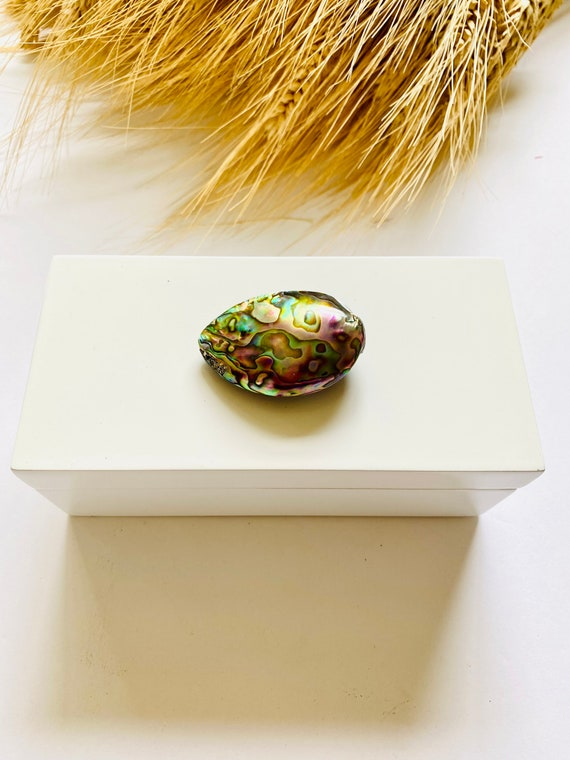 Medium white lacquer box with abalone shell, home decor, home decor box, gift box, white box, gift packaging