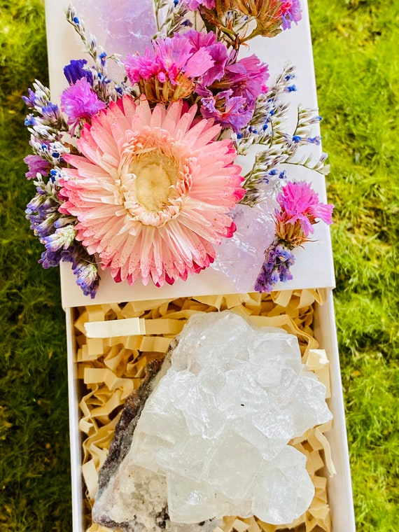 Crystal Gift Box, Geode Crystal Gift Box, Get Well Soon Crystal Gift Box, Self Care Package, Wellness Crystal Gift Box, Apophyllite Crystal