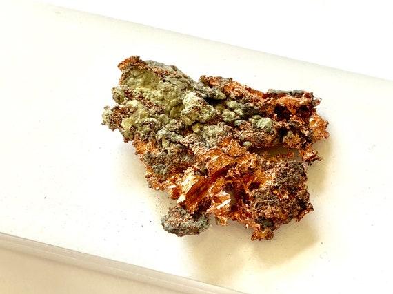 Small White Lacquer box with natural Copper, Gift Box, Bridal Gift Box, Copper Specimen