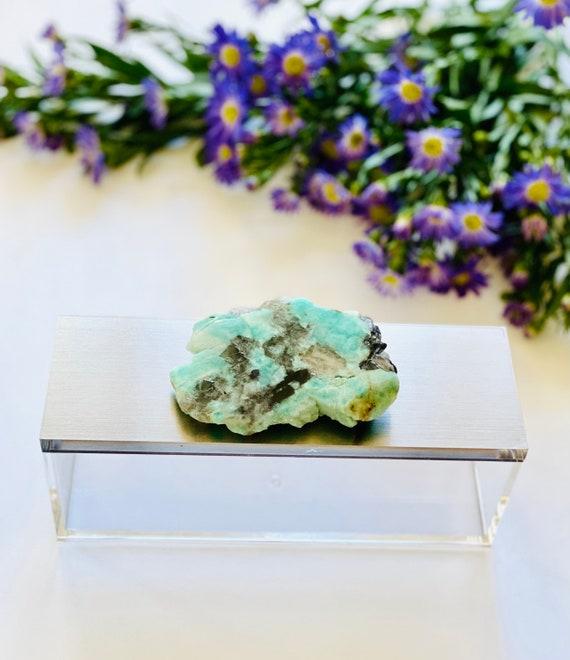 Gray Acrylic Box with Amazonite, Ring Box, make-up storage, gray silver box, crystal box, geode box, amazonite, gemstone box, gifts for her
