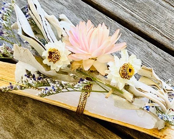 Palo santo, White sage and selenite gift set, Palo Santo, incense, reiki, spiritual gifts, palo santo bundle, crystal, selenite, White Sage