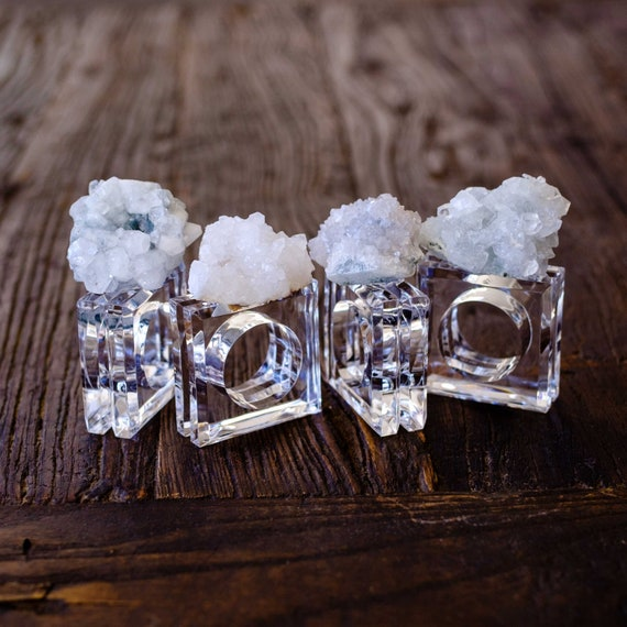 Napkin rings w/ quartz crystal (set of 4), acrylic napkin rings, home decor, gemstone napkin rings, crystal napkin rings, table decor