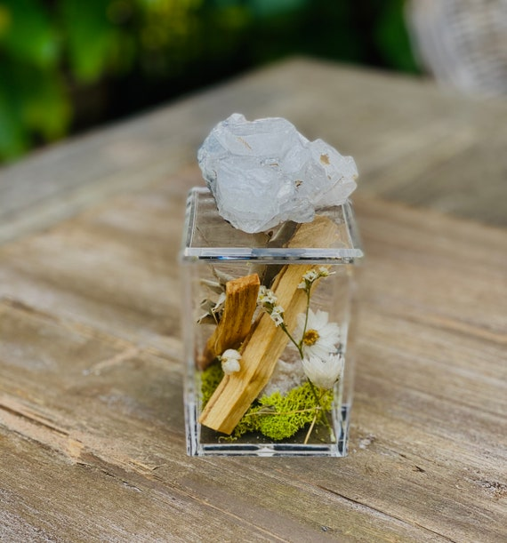 Acrylic Box with Crystal and sage bundles, crystal box, bundle, Clear Box, palo santo bundle, wellness gift set box, Crystal gift set, sage