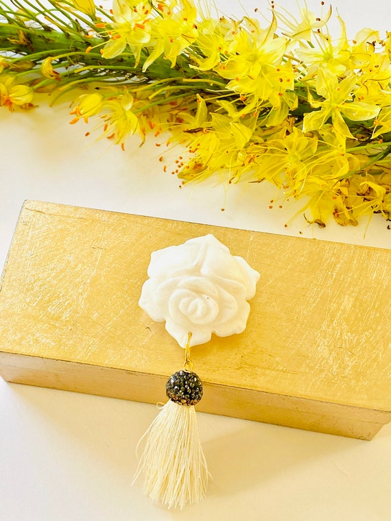 Small brushed gold box w/ onyx white carved flower gemstone and tassel, gold Ring Box, Jewelry Box, Gold box, Gift Box, Carved Flower box