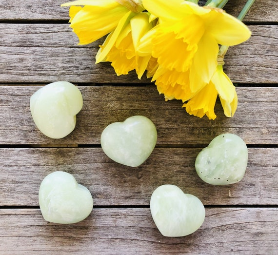 Gemstone rock heart in green serpentine, Gemstone hearts, Crystal hearts, Chakra,
