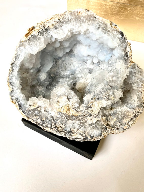 Chalcedony Ice Blue Geode, Geode Paperweight, Office Decor, Natural Geode, Agate Geode, Geode Druzy, paperweight, Blue Geode