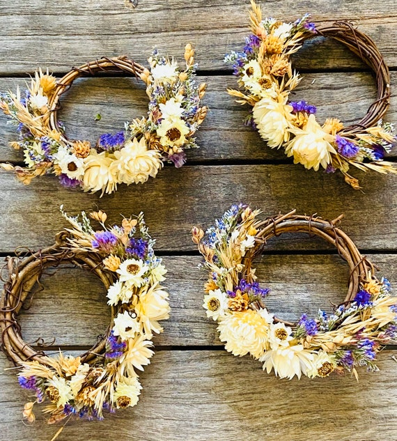Dried flower napkin rings, wreaths set of 4, napkin rings, ornaments, tabletop, dried flowers, flower wreaths, jewelry for the table,
