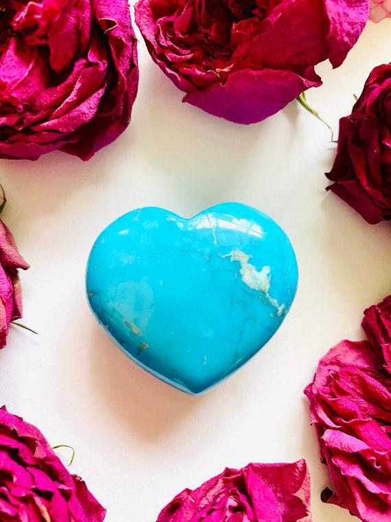 Gemstone rock heart in turquoise blue howlite, gemstone heart stone, heart, reiki gifts, energy gift