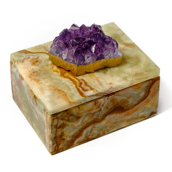 Small Square Onyx Box with Amethyst Crystal, Crystal box, stone box, ring box, jewelry box, gemstone box, wedding gift box, gift for her