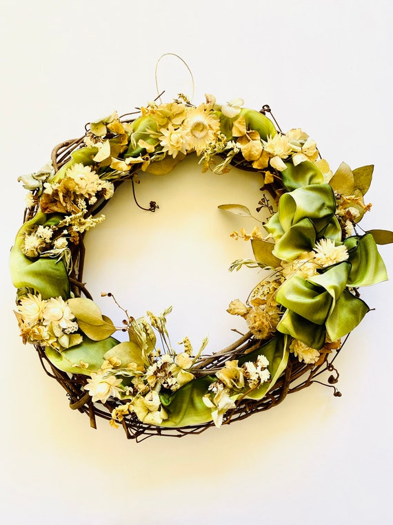 Botanical wreath dried flowers and herbs, dried flower wreath, flower wreath, dried flowers, wreath, Spring Wreath, strawflower wreath